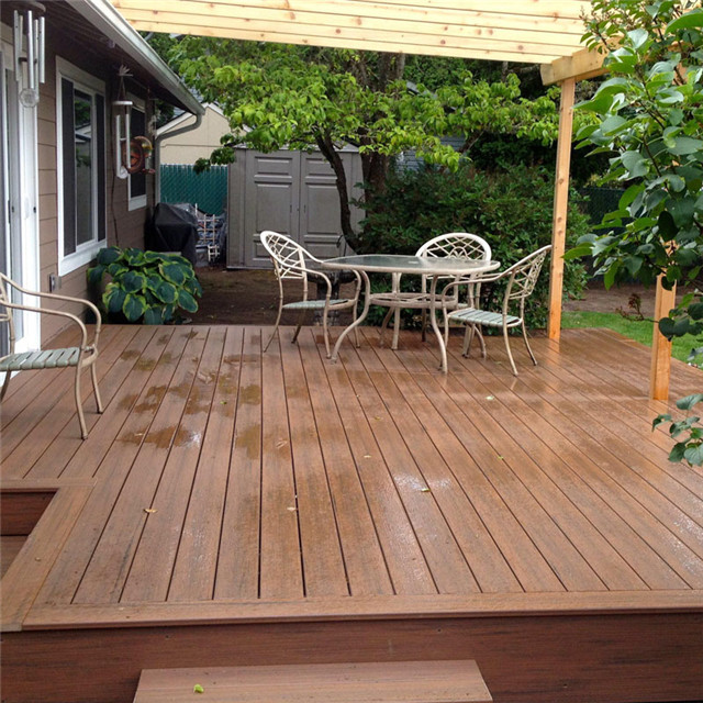 146x30mm Wood Grain Solid WPC Balcony Composite Decking